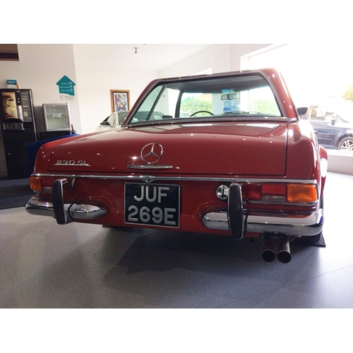124 - 1968 Mercedes-Benz 230 SL Pagoda Registration No: JUF 269E...