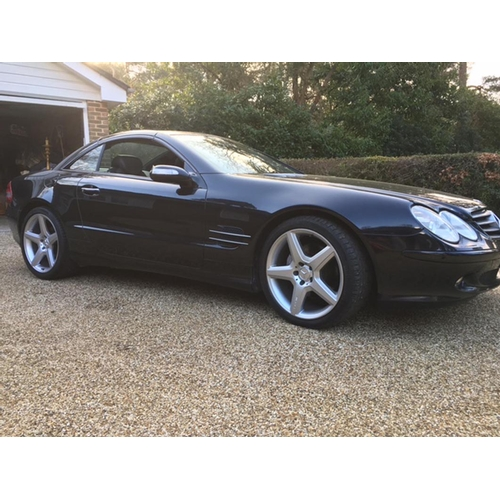 129 - 2005 Mercedes Benz SL 500 Registration No: LJ05 FBY...