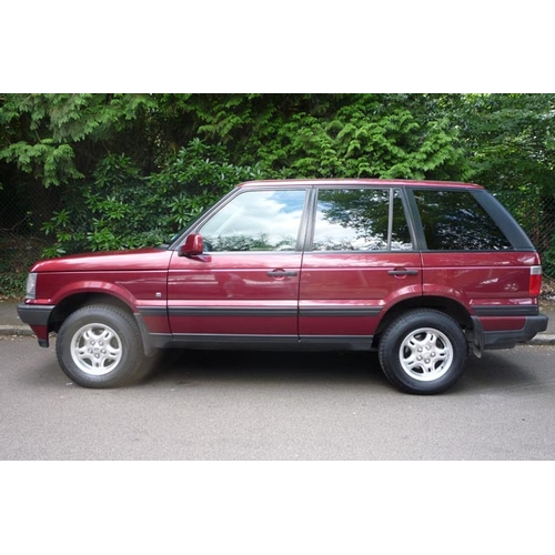 153 - 2000 Land Rover Range Rover 4.0 V8 5dr Registration No: W977 NRA...