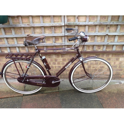 340 - A Rudge Mens Bicycle...