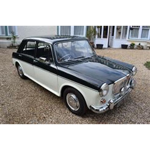 125 - 1967 MG 1100 WITH ONLY 27,500 MILES REGISTRATION NO: GFV 902E...
