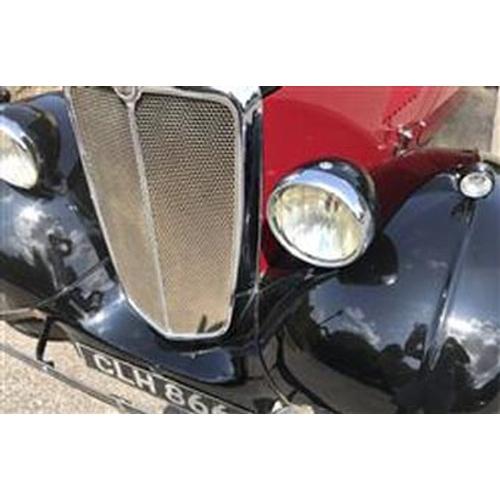 114 - 1935 MORRIS EIGHT REGISTRATION NO: CLH 866...