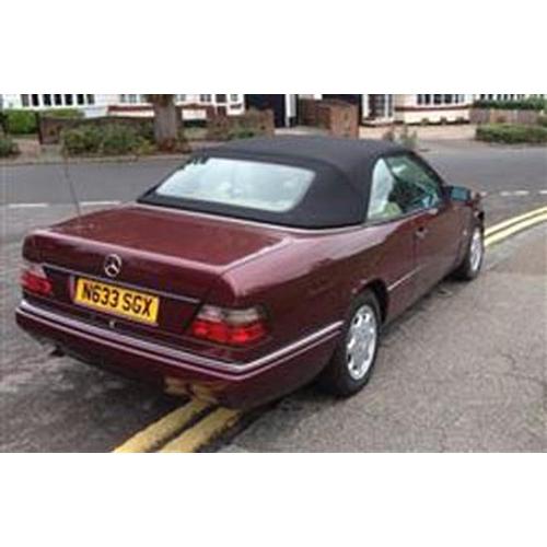 158 - 1996 MERCEDES-BENZ W124 CABRIOLET REGISTRATION NO: N633 SGX...