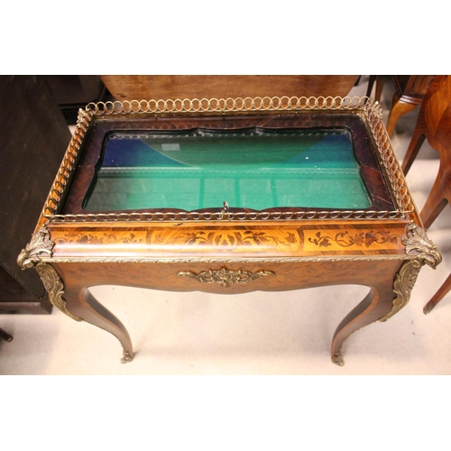 26 - A LATE 19TH CENTURY INLAID 'BIJOUTERIE' / DISPLAY TABLE, with good quality ormolu mounts & a brass g...
