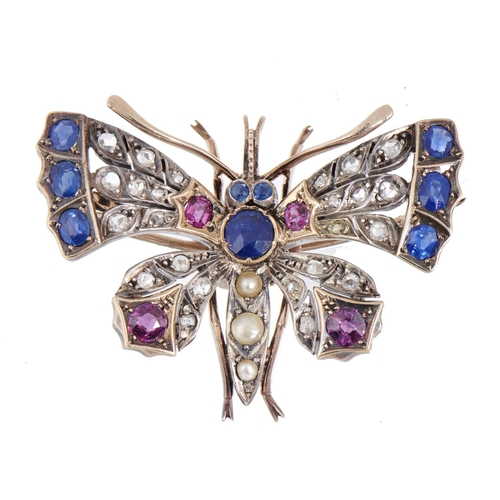 31 - <strong>A RUBY, DIAMOND AND SAPPHIRE BUTTERFLY BROOCH, EARLY 20TH C  </strong> 4.3cm, 15g...