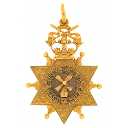 40 - <p>ROYAL WIMBLEDON GOLF CLUB.  GOLD PRIZE MEDAL, 1919   in the form of a star surmounted by crown an...