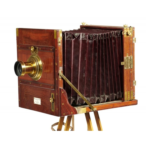 631A - <p>A VICTORIAN BRASS MOUNTED MAHOGANY 10 X 8 INCH FIELD CAMERA W WATSON & SONS 313 HIGH HOLBORN LOND...