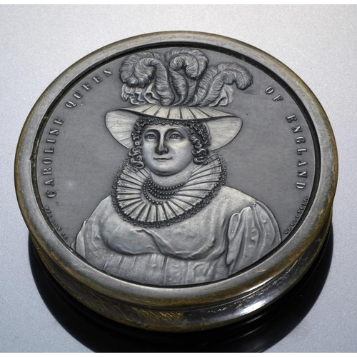 240 - <p>A REGENCY COMMEMORATIVE PRESSED HORN SNUFF BOX AND COVER  with portrait of queen Caroline, c1820 ...