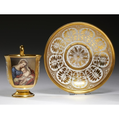 518 - <p>A CONTINENTAL PORCELAIN CABINET CUP AND SAUCER, PROBABLY PARIS, C1810  the bell shaped cup painte...