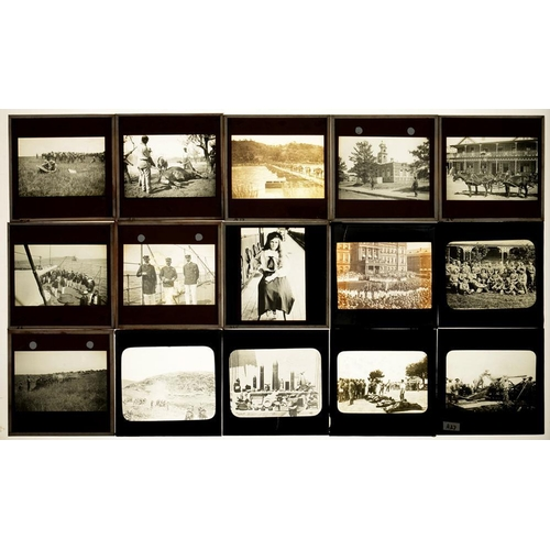304 - <p>ANGLO-BOER WAR.  various GLASS MAGIC LANTERN SLIDES  (3.25 x 3.25 inch), c1900   including battle...