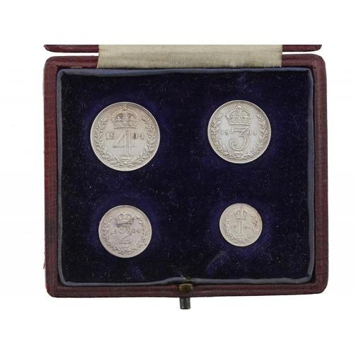 1127 - <p>MAUNDY SET.  EDWARD VII, 1904, contemporary box, polished BU</p>...