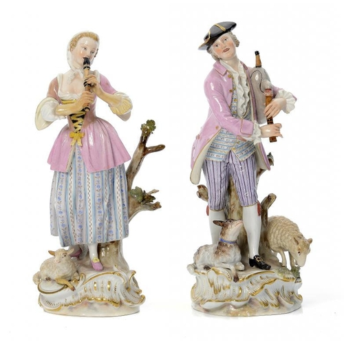 193 - <p>A PAIR OF MEISSEN FIGURES OF PIPING SHEPHERDS, LATE 19TH/EARLY 20TH C  the rococo base set with a...