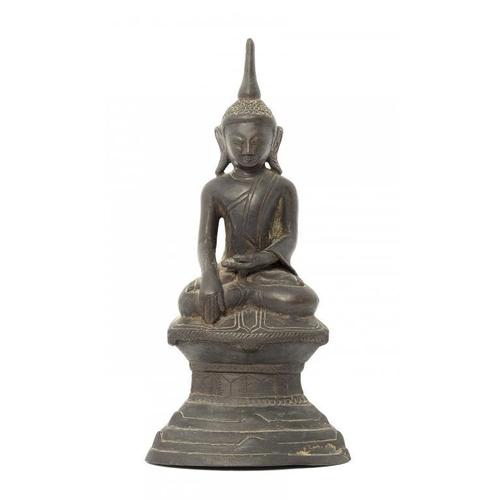 326 - <p>A SOUTH EAST ASIAN BRONZE SCULPTURE OF BUDDHA, 19TH C 27cm h</p><p></p>...