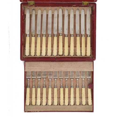632 - <p>A SET OF TWELVE GEORGE IV SILVER DESSERT KNIVES AND FORKS bone hafted, by Joseph Taylor, Birmingh...