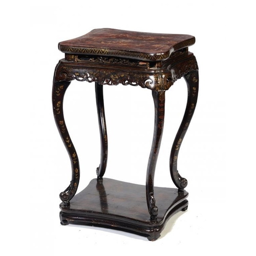 196 - A ENGLISH CHINOISERIE JAPANNED STAND, EARLY 19TH C with carved frieze, the apron fitted with a shall...