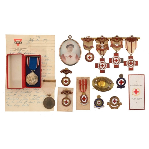 20 - <p>THE BRITISH RED  CROSS SOCIETY MEDALS OF MAJOR FREDERICK CARPENTER-HOLLAND-GRIFFITH AND HIS WIFE ...