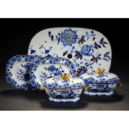 24 - <p>A PAIR OF SPODE BLUE PRINTED STONE CHINA STARSHIP PATTERN SAUCE TUREENS, COVERS AND STANDS AND A ...