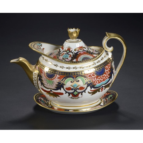 85 - A BARR, FLIGHT & BARR JAPAN PATTERN OVAL TEAPOT, COVER AND STAND, C1810  teapot 18cm h, impressed ma...