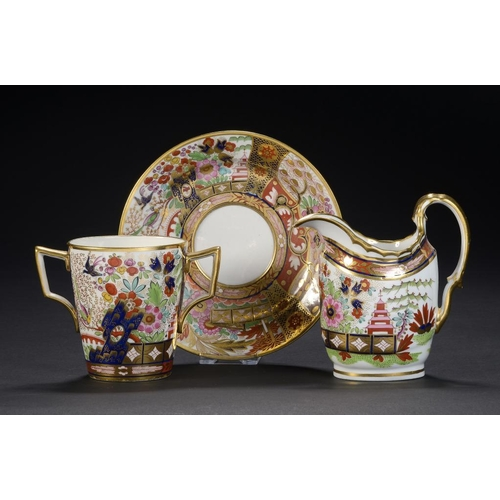 87 - A FLIGHT & BARR JAPAN PATTERN      OVAL CREAM JUG AND CHOCOLATE CUP AND STAND, C1800-04 jug 12cm h, ...