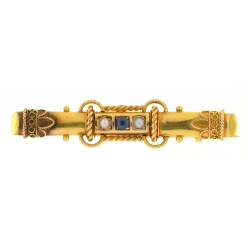 17 - <p>A VICTORIAN SAPPHIRE AND SPLIT PEARL BROOCH, IN GOLD, UNMARKED, 3G</p><p></p>...