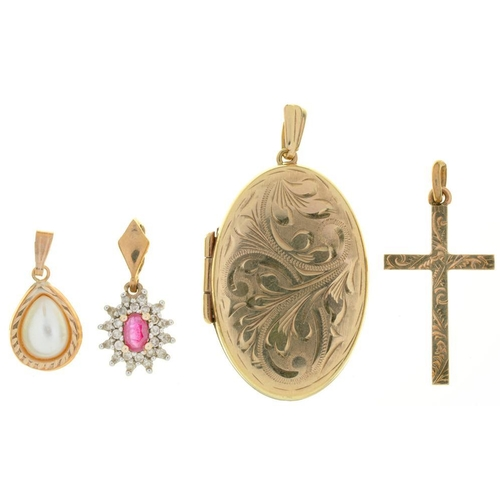 30 - <p>A RUBY AND DIAMOND PENDANT IN 9CT GOLD, A 9CT GOLD LOCKET, A 9CT GOLD CROSS PENDANT AND A CULTURE...