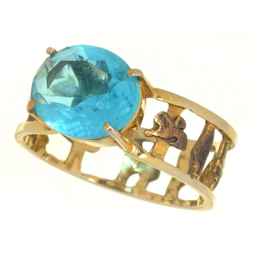 4 - <p>AN EGYPTIAN GEM SET RING, IN GOLD, 4G, SIZE V</p><p></p>...