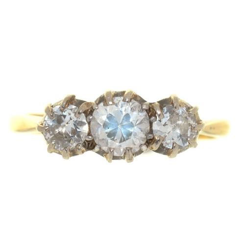 13 - <p>A THREE STONE OLD CUT DIAMOND RING, DIAMONDS APPROX 1CT, J COLOUR, SI1/SI2 CLARITY, SIZE O, 2.5G<...