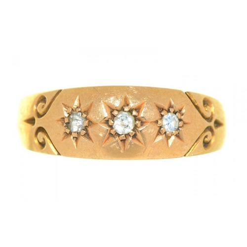 26 - <p>A VICTORIAN DIAMOND RING, IN 18CT GOLD, BIRMINGHAM 1896, SIZE P, 2G</p><p></p>...