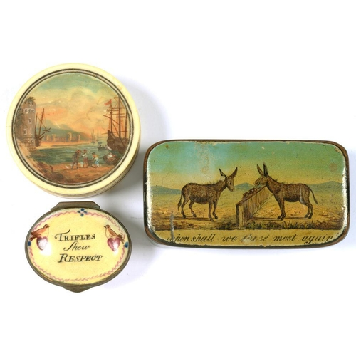 309 - <p>A VICTORIAN PAPIER MACHE SNUFF BOX, THE LID WITH COLOURED AND VARNISHED PRINT OF TWO DONKEYS AT A...