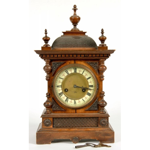 350 - <p>A GERMAN WALNUT CLOCK WITH ENAMEL AND BRASS DIAL, 50CM H, EARLY 20TH C</p>...