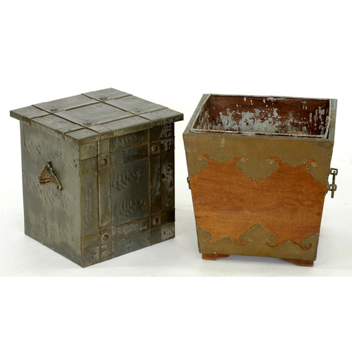 360 - <p>A BRASS MOUNTED MAHOGANY LOG BIN WITH TIN LINER, 37CM H, EARLY 20TH C AND ANOTHER, SIMILAR </p>...