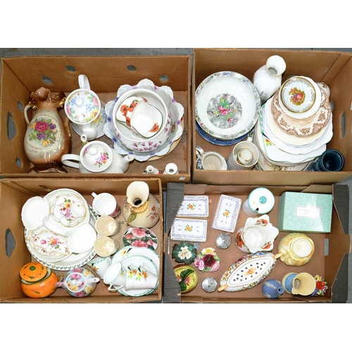 286 - <p>A HEATHCOTE CHINA PART TEA SERVICE, HAND PAINTED WITH ORANGE AND YELLOW FLOWERS, C1930'S AND MISC...