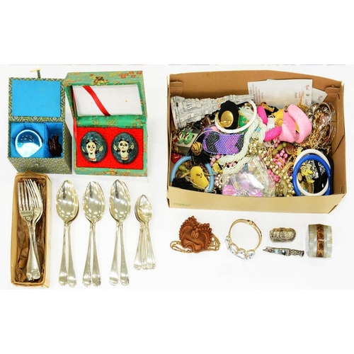 101 - <p>MISCELLANEOUS COSTUME JEWELLERY, PLATED FLATWARE AND TWO PAIRS OF CHINESE BAODING BALLS</p>...