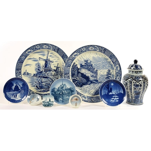 171 - <p>A PAIR OF BLUE PRINTED EARTHENWARE WALL PLAQUES, 41CM D, TWO ROYAL COPENHAGEN PIN TRAYS, ETC </p>...