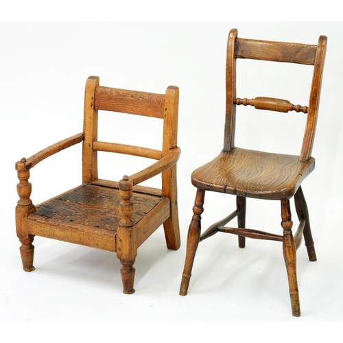 522 - <p>A VICTORIAN ASH CHILD'S CHAIR, A SET OF THREE ASH KITCHEN CHAIRS AND TWO OTHERS </p>...