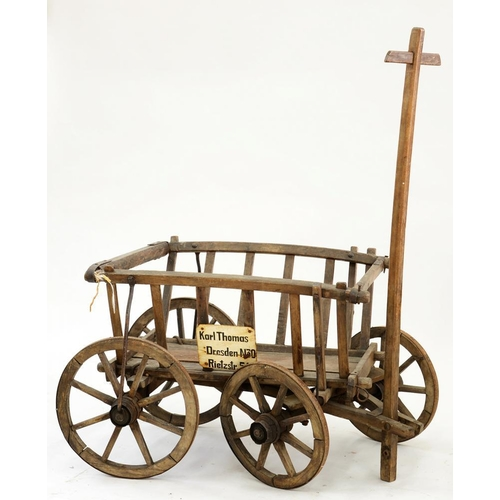 529 - <p>AN EARLY 19TH C IRON BOUND CART, 57CM H</p>...