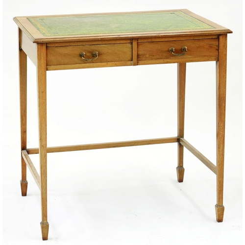 603 - <p>AN EDWARDIAN MAHOGANY WRITING TABLE WITH GREEN LEATHER TOP ON SQUARE TAPERING LEGS, 71CM H; 68 X ...