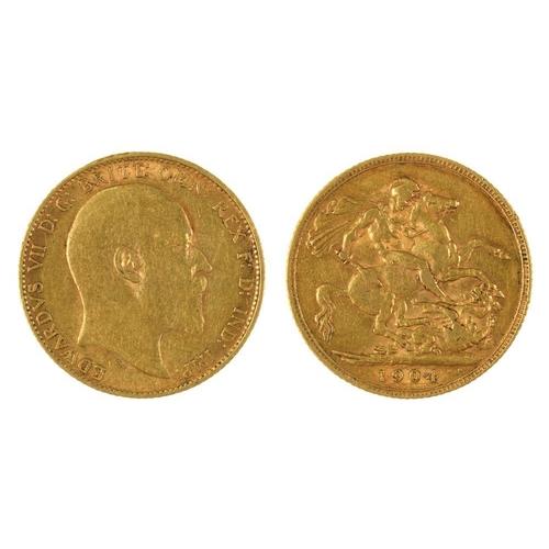 61 - <p>GOLD COIN. SOVEREIGN, 1904, 8G</p><p></p>...