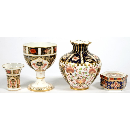 247 - <p>A ROYAL CROWN DERBY IMARI PATTERN GOBLET, 12CM H AND A ROYAL CROWN DERBY SPILL VASE, HEXAGONAL BO...