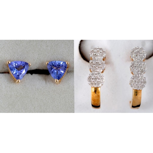 35 - <p>A PAIR OF TRIANGULAR TANZANITE  EARRINGS IN GOLD, MARKED 18CT AND A PAIR OF GEM SET GOLD EARRINGS...