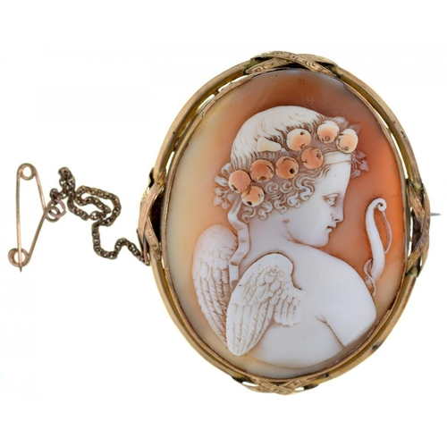 47 - <p>A VICTORIAN CAMEO BROOCH, THE OVAL SHELL CARVED WITH PUTTO, GOLD MOUNT</p>...