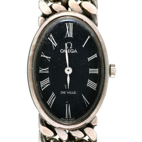 116 - <p>AN OMEGA SILVER OVAL LADY'S DEVILLE WRISTWATCH WITH BLUE DIAL, MAKER'S SUEDE WALLET MARKED JEUX D...