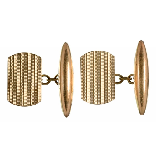 126 - <p>A PAIR OF 9CT GOLD CUFFLINKS, 4.1G</p>...