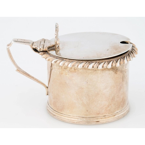 190 - <p>A GEORGE IV SILVER MUSTARD POT, WITH SHELL THUMBPIECE AND GADROONED RIM, 6.5CM H, LONDON 1825, 3O...