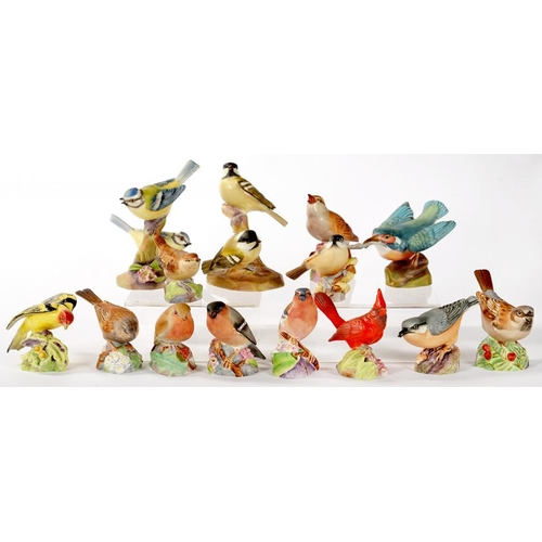 283 - <p>TWELVE ROYAL WORCESTER MODELS OF BIRDS AND TWO GROUPS, VARIOUS SIZES, PRINTED MARK, C1960</p>...