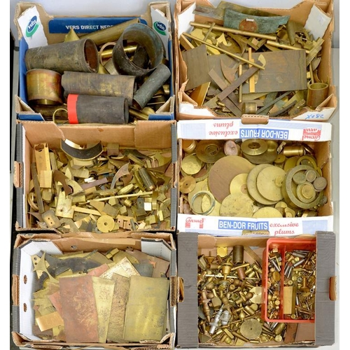 440 - <p>MISCELLANEOUS BRASS SHEET AND ROD OFFCUTS, CAST CLOCK FINIALS, CLOCK COMPONENTS, ETC (SIX BOXES)<...