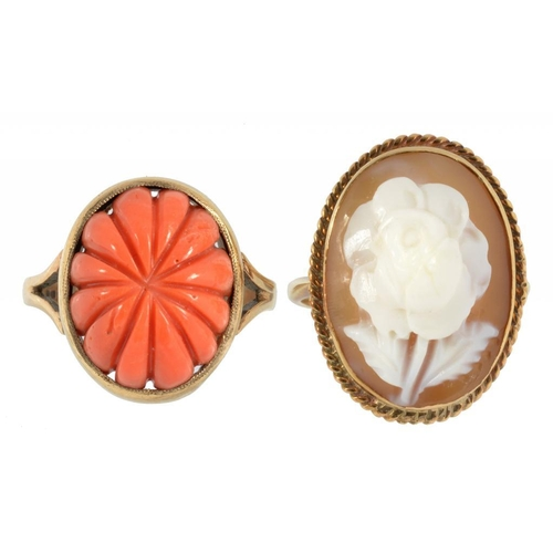 21 - <p>A ROSE CARVED CAMEO RING IN 9CT GOLD AND A CARVED CORAL RING IN 9CT GOLD, 10.8G</p>...