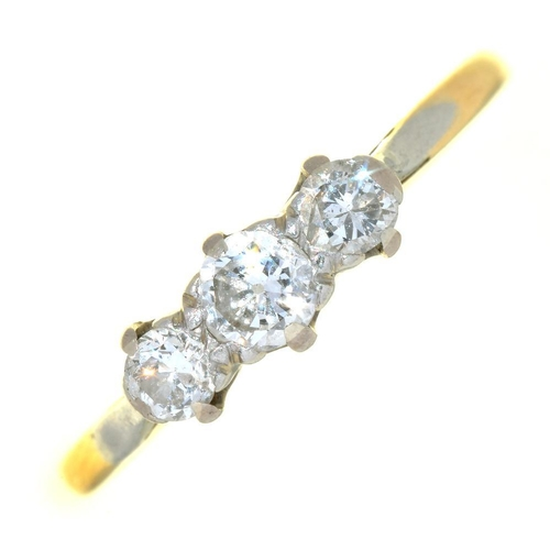 20 - <p>AN EDWARDIAN THREE STONE DIAMOND RING IN GOLD MARKED 18CT PLAT, 2G, SIZE Q</p><p></p>...