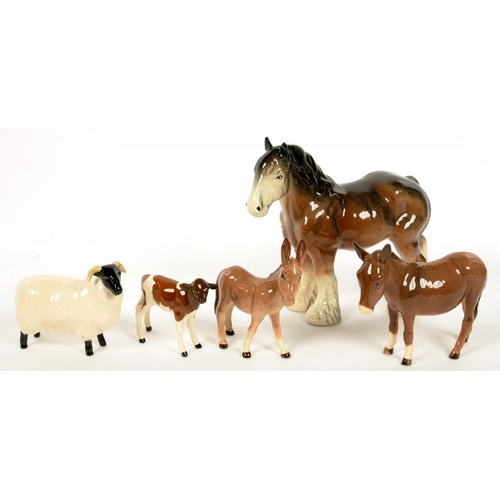 260 - <p>FOUR BESWICK ANIMALS, COMPRISING SHEEP, CALF, DONKEY AND FOAL, VARIOUS SIZES, PRINTED MARK AND A ...
