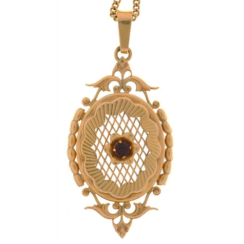 30 - <p>A GARNET PENDANT IN GOLD, ON GOLD CHAIN, UNMARKED, 10G</p><p></p>...